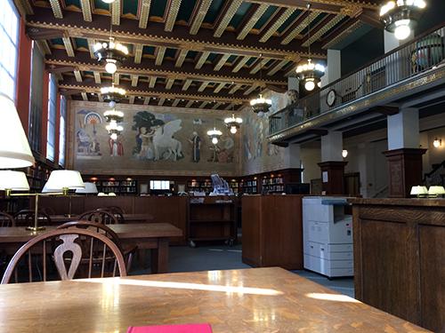 Linn_Henley_library02