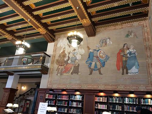 Linn_Henley_library01